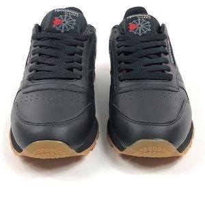 Reebok Shoes - Reebok Classic CL Leather Black Gum Shoes 49798